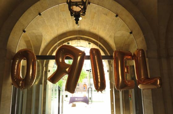 Helium ballons spelling out 'Oriel' welcome open day candidates