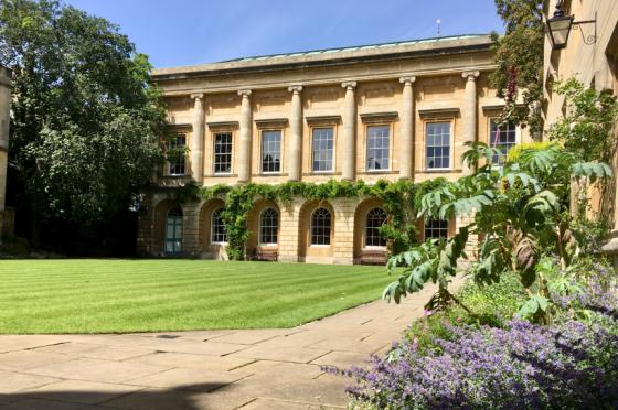 Oriel College's second quad on a sunny day