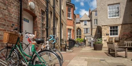 Oriel College Island Site with bicycles in an enclosed courtyard